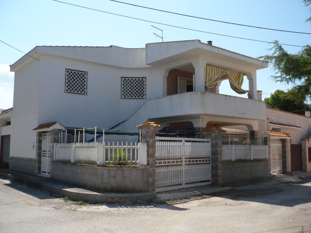 Villa con giardino in vendita con 2 appartamenti, CASA ZACCARO