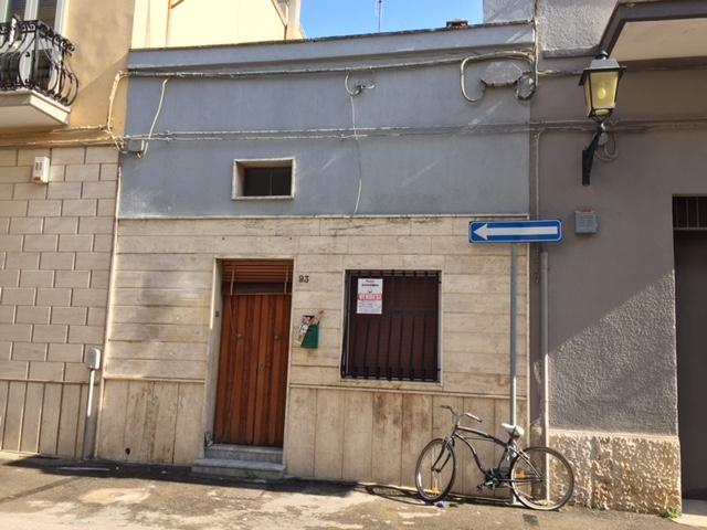 Abitazione in vendita a piano terra con terrazzo