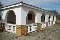Villa in vendita a Francavilla Fontana, buono stato, con giardino