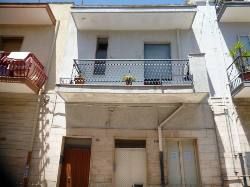 Appartamento indipendente abitabile, primo piano
