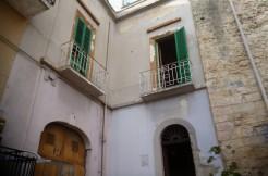 palazzo vendita centro storico Oria Puglia