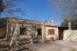Villa in vendita ad Oria con terreno di pertinenza