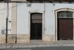 Locale commerciale in vendita a Martina Franca, con soppalco e cantina
