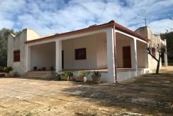 Villa in vendita a Francavilla Fontana, 3 camere da letto, ampio terreno