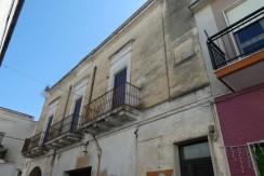 Studio in vendita a Francavilla Fontana, da 5 locali ed accessori