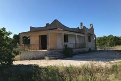 Casa di campagna in vendita a Ceglie Messapica, con taverna e garage