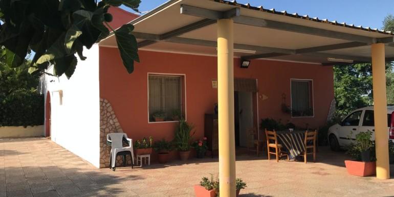 Villa in campagna in vendita Francavilla Fontana, uliveto e frutteto