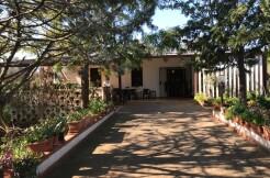 Casa di campagna con giardino in vendita Francavilla Fontana