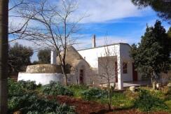 Villa e trullo in vendita Martina Franca, terreno uliveto e frutteto