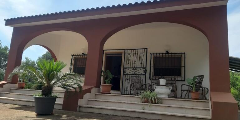 Villa abitabile in vendita Francavilla Fontana, tre vani e servizi